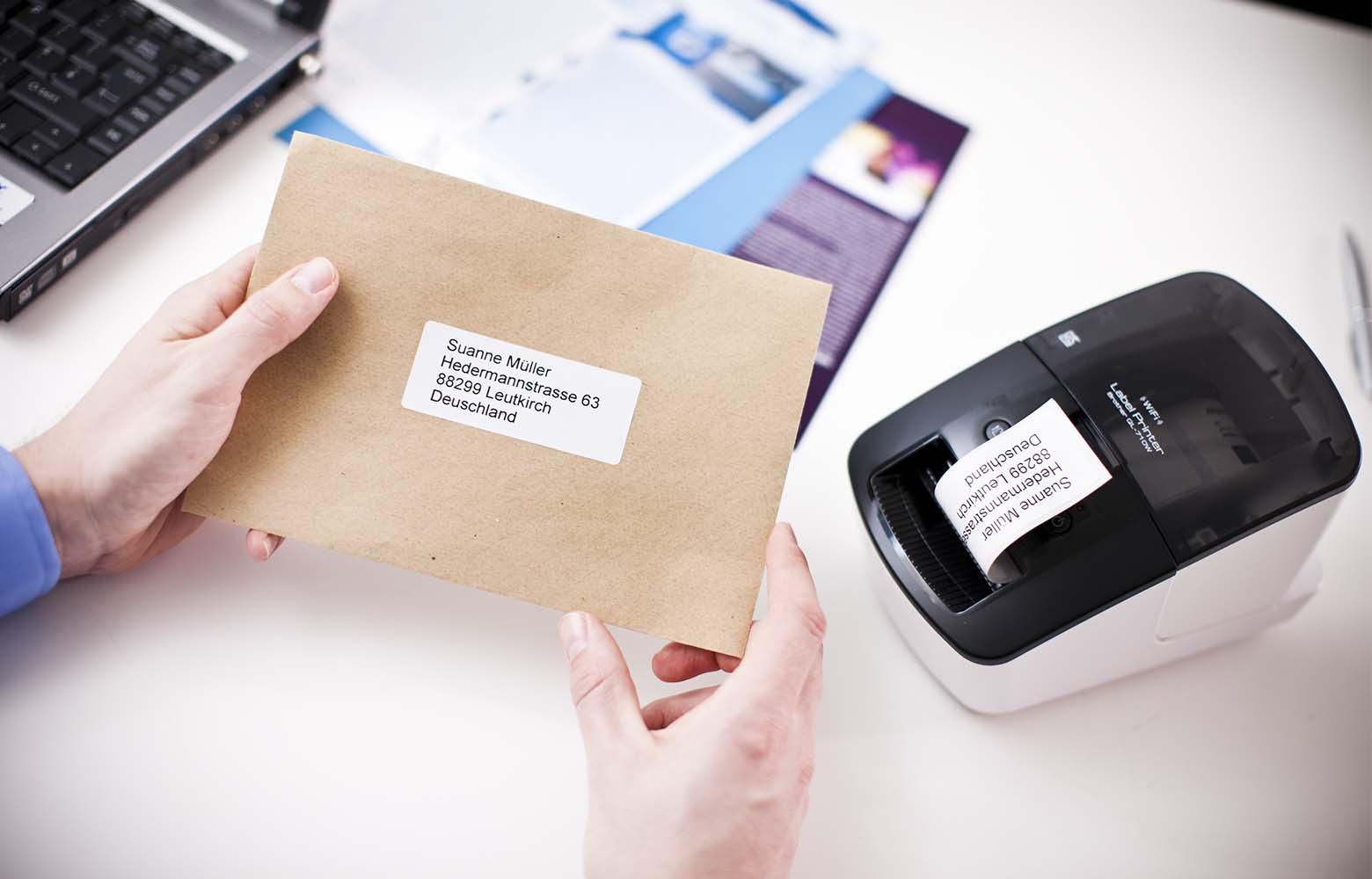QL labelling machine