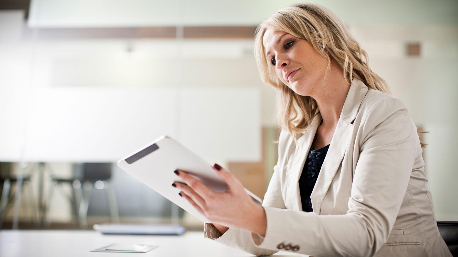 Lady using her iPad